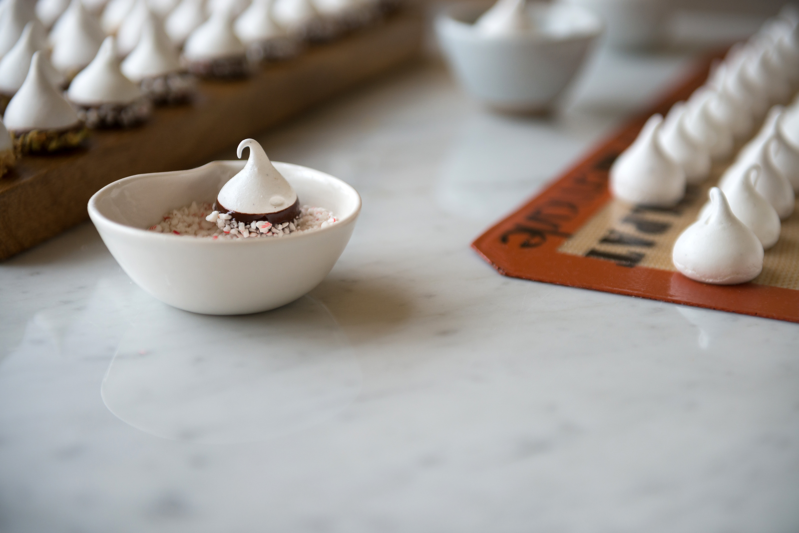 Ghirardelli Chocolate Dipped Holiday Meringues | Now, Forager | Teresa Floyd Photography